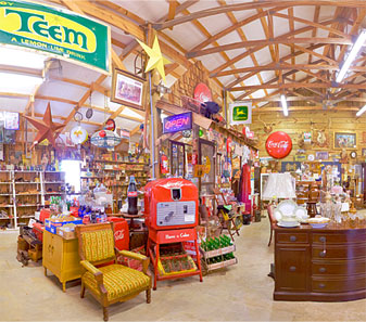 Riverside Barn Antiques - Wallace North Carolina (NC)